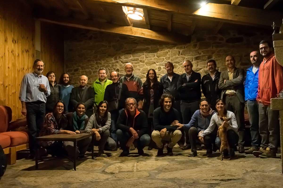 Primeira xuntanza dos socios fundadores IEU