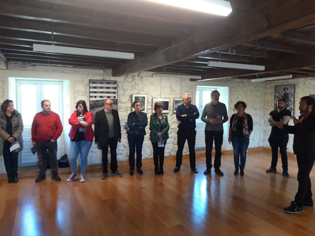 Inauguración exposición Anxo Cabada no Castelo de Pambre, Instituto de Estudos Ulloáns