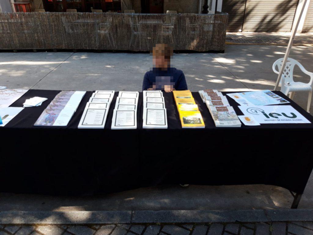 stand publicacións, Instituto de Estudos Ulloáns, Feira dos Bicos 2019