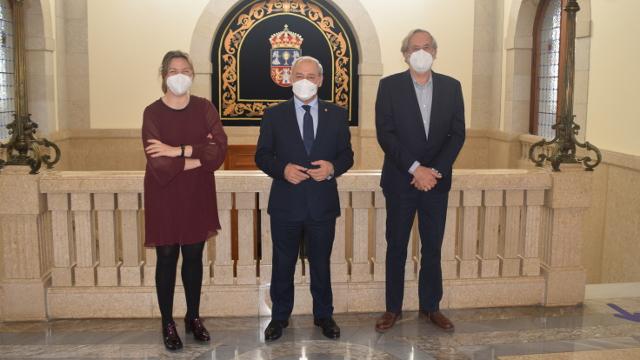 Pilar García Porto, José Tomé e Francisco Pardo na Deputación de Lugo, presentación do Parque Central de Galicia